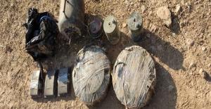 Akçakale'ye getirilen patlayıcılar ele geçirildi
