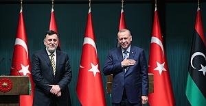 Erdoğan ile Fayiz es-Serrac ile birlikte açıklama yaptı