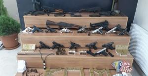 Şanlıurfa merkezli: 49 gözaltı