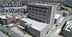 Devteşti Hastanesinin Akibeti Merak Ediliyor: Vatandaş Açıklama Bekliyor
