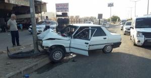 Eyyübiye'de Kırmızı Işıkta Kaza: 2 Yaralı