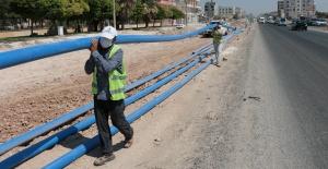 ŞUSKİ Akçakale'de İçme Suyu Hattı Döşüyor