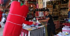 Urfa'da Maske Dağıtımı Devam Ediyor