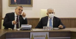 Binali Yıldırım Urfa Büyükşehir Belediyesini Ziyaret Etti