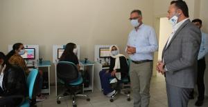 Eyyübiye'de bilgisayar ve interneti olmayan öğrencilere EBA desteği verilecek
