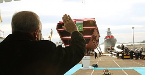 Erdoğan'ın katılımıyla İstanbul isimli yerli fırkateyn denize indirildi