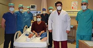 Urfa'da Sağlığında Büyük Başarı, İlk Defa Damarlı Kemik Ve Doku Nakli Yapıldı