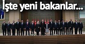 Beklenen Kabine Değişikliği Oldu! İşte Yeni Bakanların Listesi
