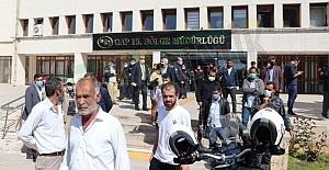 Urfa'da Çiftçiler Cullap Sulama Birliği ve DSİ Binasını bastı