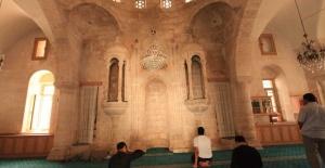 Urfa'da bayram namazı saat kaçta kılınacak?