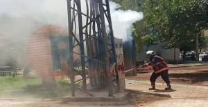 Urfa'da DEDAŞ'ın trafosu bomba gibi patladı