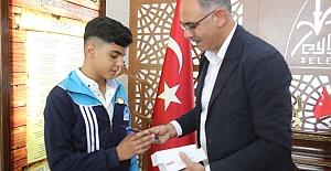 Eyyübiyeli Savaş Öğüş, Dünya Gençlik Ligi'nde 5.'nci oldu