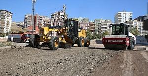 Karaköprü Güllübağ Mahallesine yeni yol yapılıyor