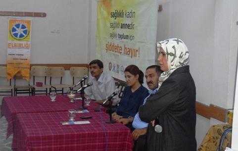 Akabe ve Ertuğrul Gazide şiddete hayır paneli FOTOĞRAFLI