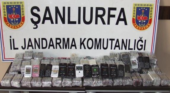 60 Milyar değerinde 354 kaçak cep telefonu ele geçirildi