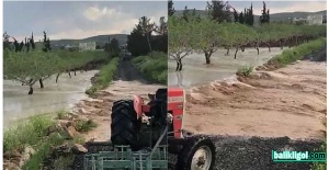 Bozova'da aşırı yağış taşkına neden oldu