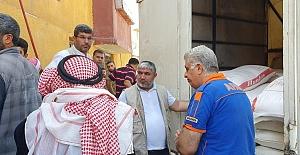 İHH'dan Tel Abyad Halkına Un Yardımı