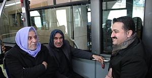 AK Parti İl Başkanı Yıldız Halk Otobüsünde Vatandaşlarla Sohbet Etti