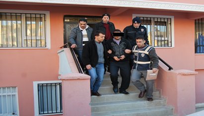 Şanlıurfa'da şafak operasyonu; 58 Gözaltı VİDEO