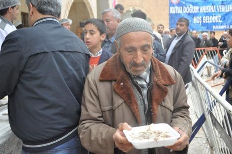Peygamber Aşkına Şanlıurfa'da Tirit Ziyafeti VİDEO