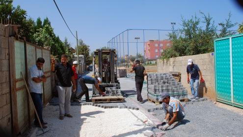 Hilvan'da sokaklar inşaat alanı gibi VİDEO