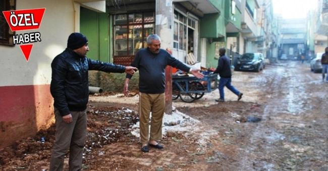 Urfa'nın göbeğinde! mahallenin altyapı rezaleti!