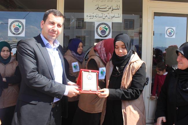 Urfa STK Platformundan Kadın Meclisine Plaket Verildi