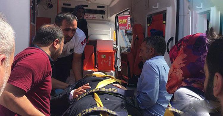 Urfa'da Halk otobüsü kadına çarptı