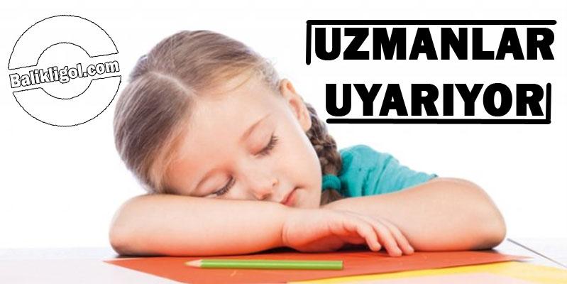 Anne Babalar dikkat! Yetersiz uyku, okul başarısını düşürüyor