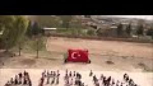 Harranlı minik öğrenciler bedenleriyle 'Afrin' yazdı