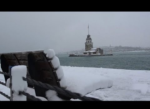 Eski Belediye Başkanı Yazdı: Kar Yağdı Yanaklara